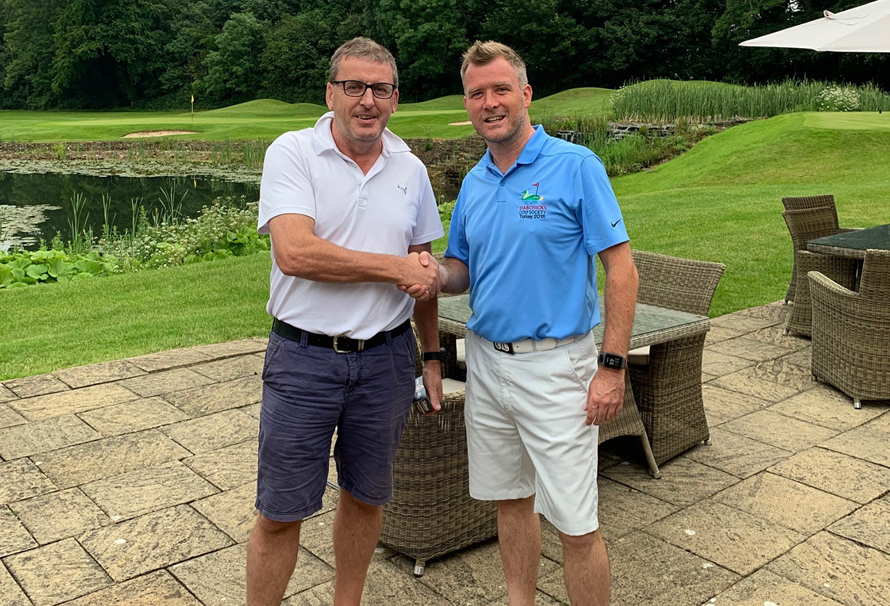 Midsummer Open 2019 Winner Chris Faulkner with Captain D'Arcy Ryan