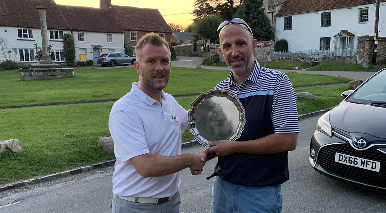 Matt Reynolds receives his Trophy for winning at Shrivenham Park 2020 Comp 2